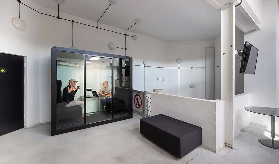 A Space 2 with two occupants